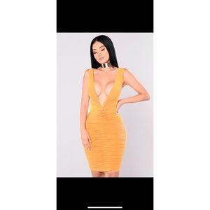 Metropolitan Night Dress Mustard (Fashion Nova)